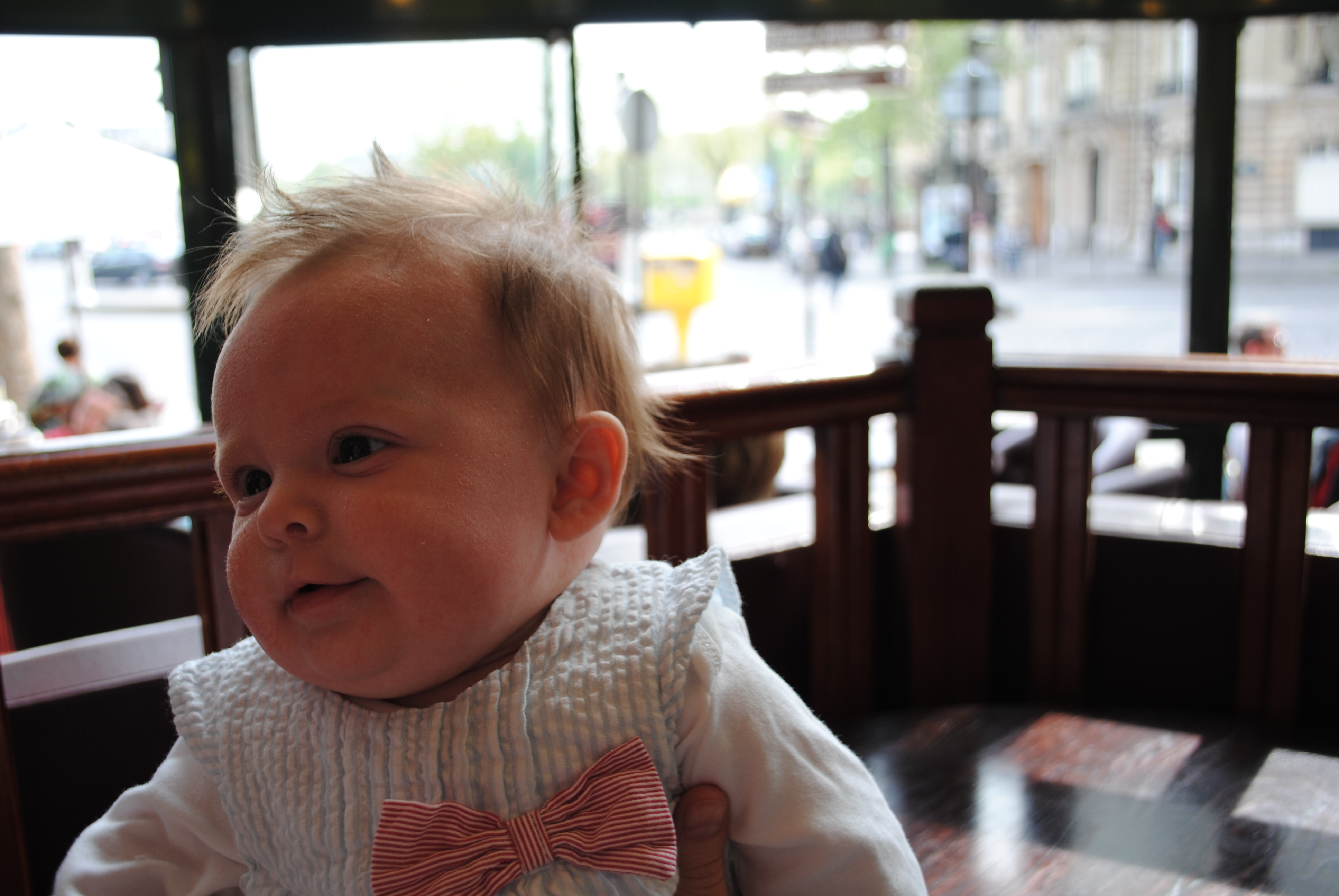 Travel Paris with a baby